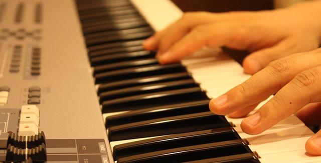 Lezioni di piano online come imparare a suonare for Pianificatore di piano online